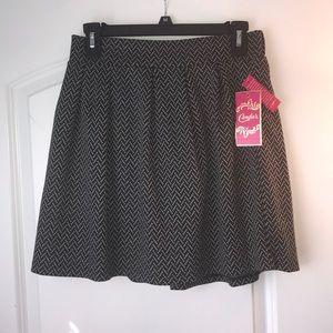 Candie's Black and Grey Skirt